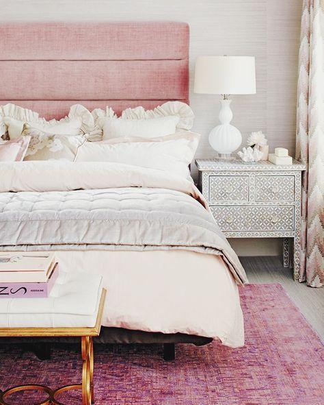 Dormitorio en rosa elemento fuego